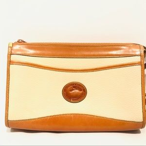 Vtg Dooney & Bourke AWL Crossbody Purse Cream Bag
